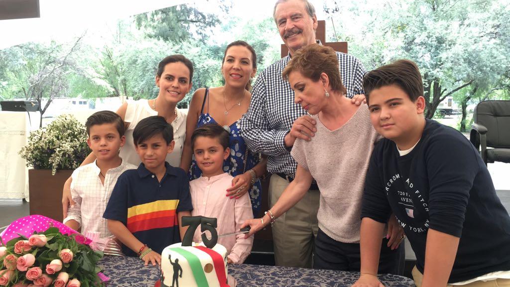 Cumpleaños 75 Vicente Fox y 30 aniversario Casa Amigo Daniel
