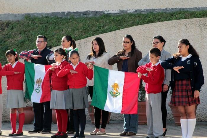 Día de la Bandera en Centro Fox