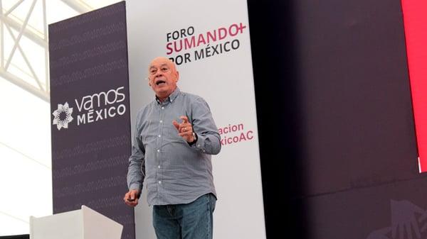 Ruben-Aguilar-en-el-Foro-Sumando-por-Mexico