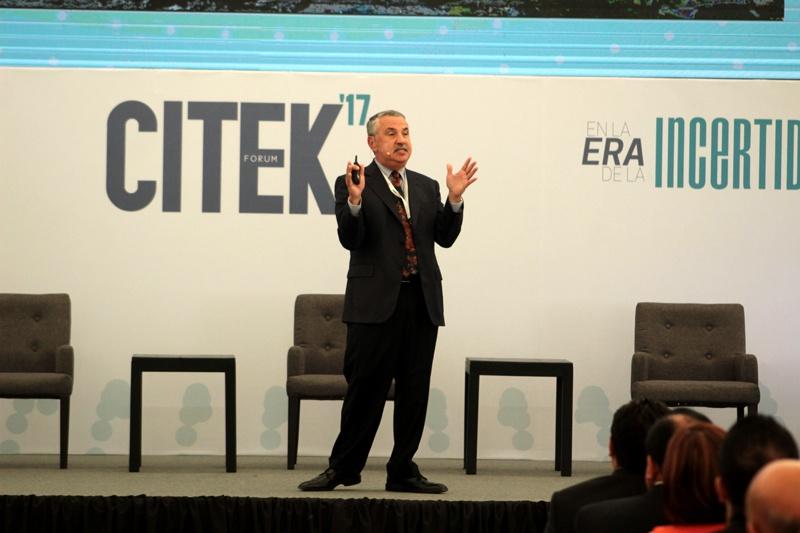 Thomas-Friedman-en-CITEK-Forum-2017-2.jpg