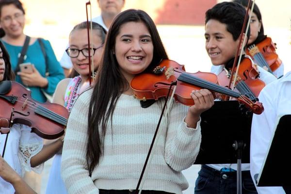 Concierto-Orquesta-Centro-Fox-en-San-Cristobal-03