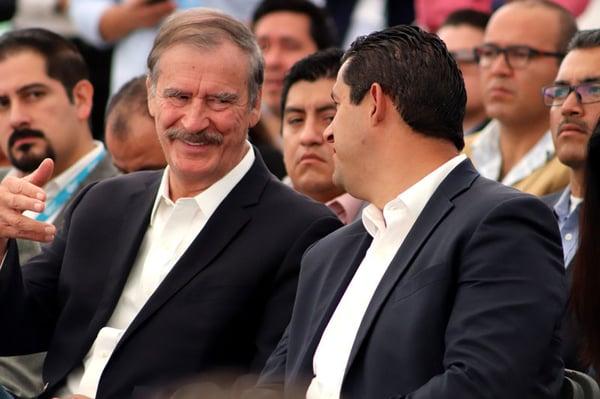 Vicente-Fox-con-el-Gobernador-Sinhue-en-CITEK