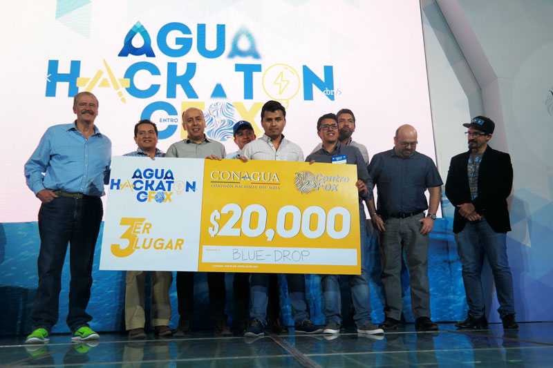 Agua-HACKATON-en-Centro-Fox-Clausura-11.jpg