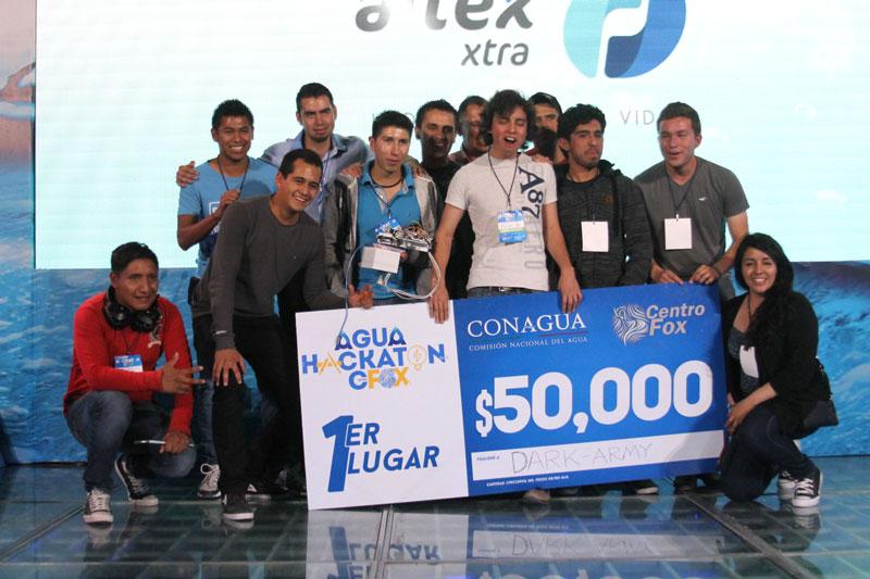 Agua-HACKATON-en-Centro-Fox-Clausura-2.jpg