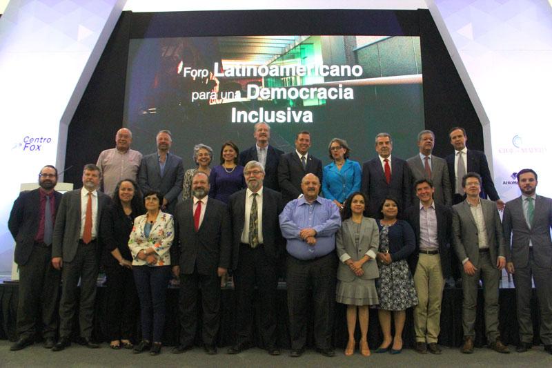 Foro-Latinoamericano-para-una-Democracia-Inclusiva-en-Centro-Fox-5.jpg