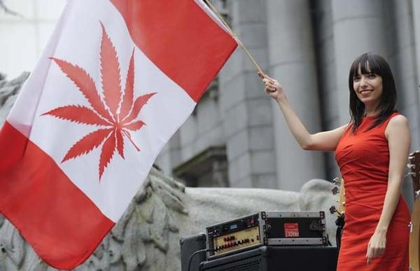 canada_flag_cannabis